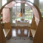 Beautiful playroom with Waldorf Wooden Playstands from bellalunatoys ! Photohellip