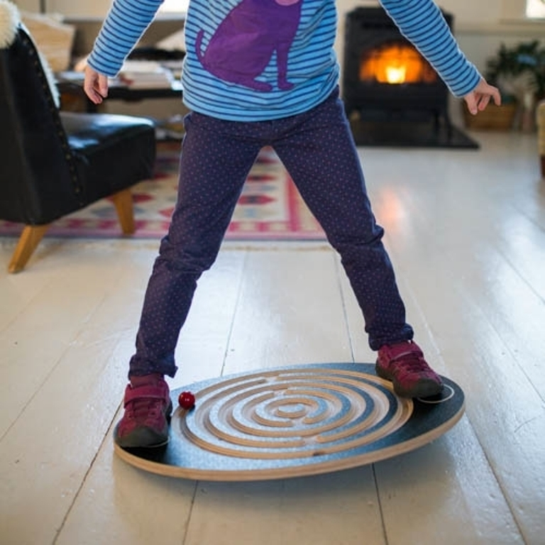 labyrinth-balance-board