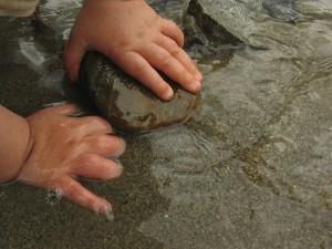 beach-hands