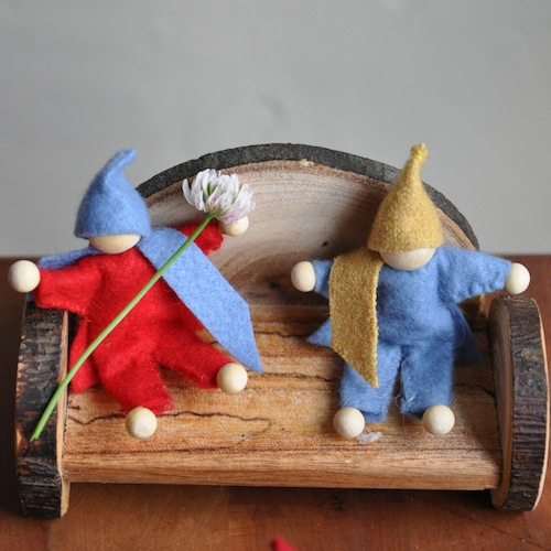 gnome-dolls-sitting